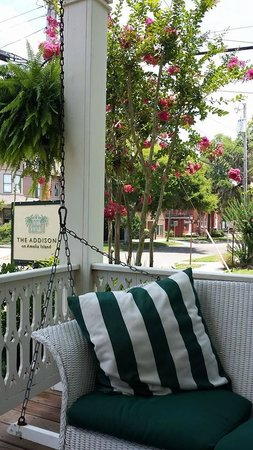 The Addison on Amelia Island: Porch Swing