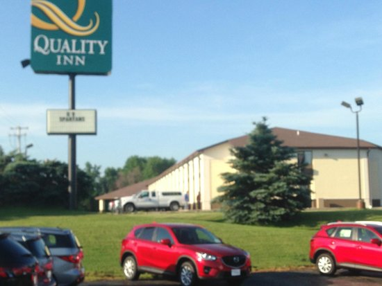 Quality Inn Sycamore : Exterior View