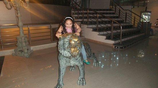 Savoy Sharm El Sheikh : Lion in soho :)