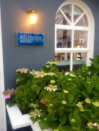The Boathouse Bistro Dromquinna Manor : Quayside