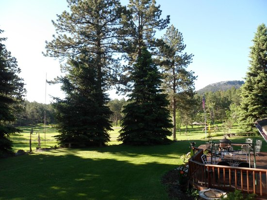 Elk Ridge Bed & Breakfast: View from the Porch