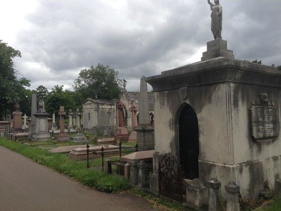 Bodean's BBQ - Tower Hill : Kensington Cemetery