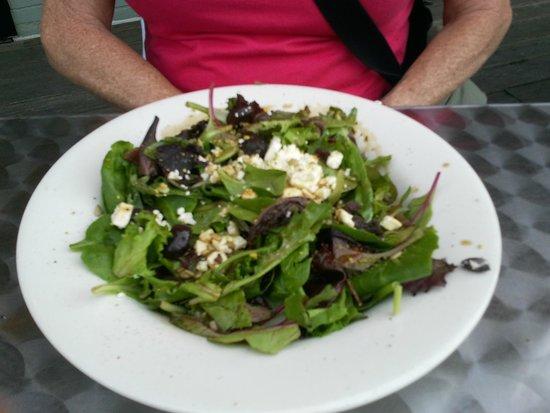 Mediterranean Grill: Mediterranean Salad