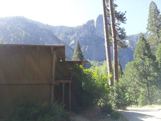 Yosemite Valley Lodge : Hemlock building