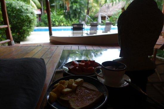 Living Hotel: mornin breaky