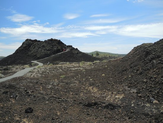 Craters of the Moon National Monument : You can climb into the spatter cones