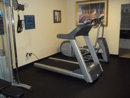 Days Inn Orlando Airport Florida Mall: Exercise Room