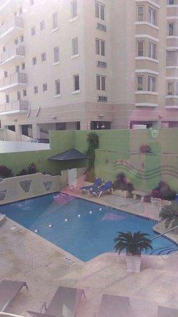 Holiday Inn Express San Juan Condado: Felicito a todo el personal.Todo esta bien limpio y en orden mis nietos disfrutaron mucho de la