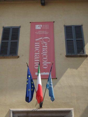 Il Cenacolo: Outside the Cenocolo Vinciano