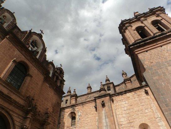 Catedral del Cuzco o Catedral Basílica de la Virgen de la Asunción: Torres