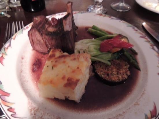 Lake Louise Station Restaurant: carne de bisão ao molho de cramberry