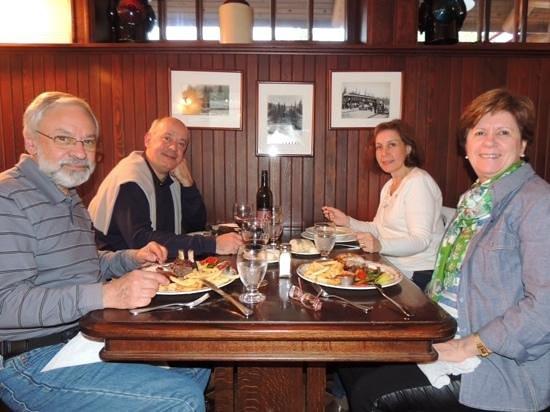 Lake Louise Station Restaurant: jantar no lake louise station