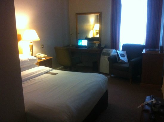 The Park Lane Sheraton Hotel номер