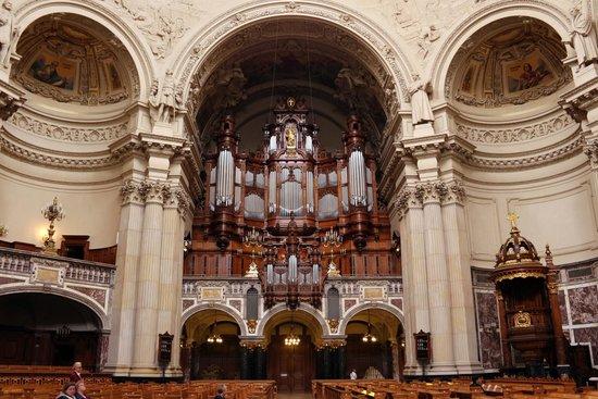 Berlin Cathedral: Orgao de Tubo