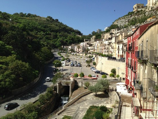 Hotel dell'Orologio : View of parking area