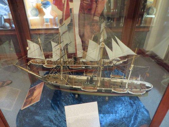 The Lincoln Memorial Shrine: Ship