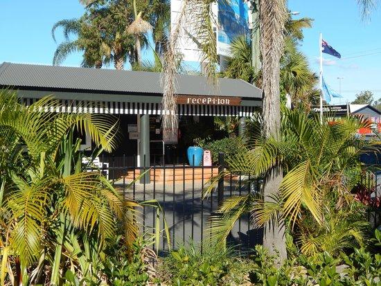 NRMA Treasure Island Holiday Park: Reception
