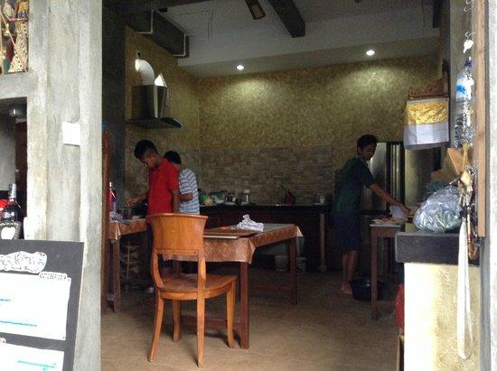 Sandat Bali: dapur