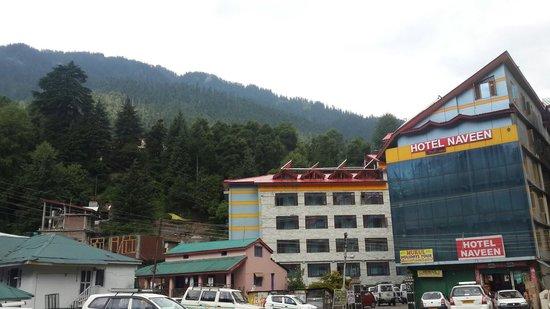 Hotel Naveen: Reasonable price good hotel