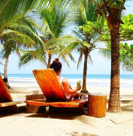 Hotel Playa Negra: Lolas @ Playa Avellanas ~ about 25 mins aways