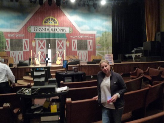 The Grand Ole Opry : stage