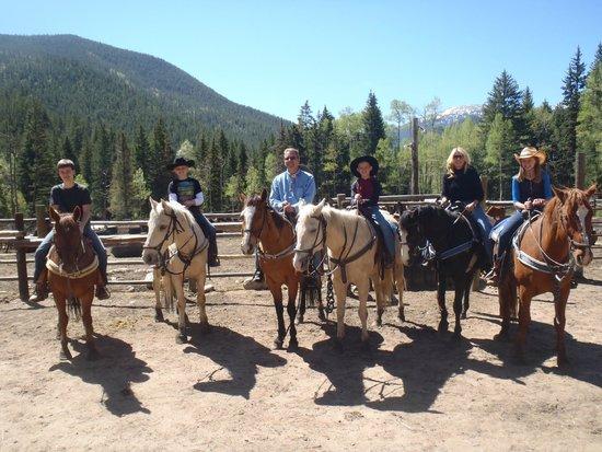 Tumbling River Ranch: Family Horseback Riding