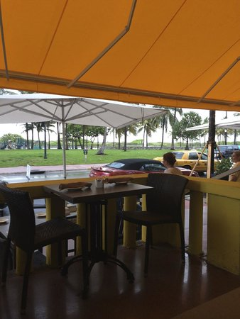 Leslie Hotel: Area do Restaurante