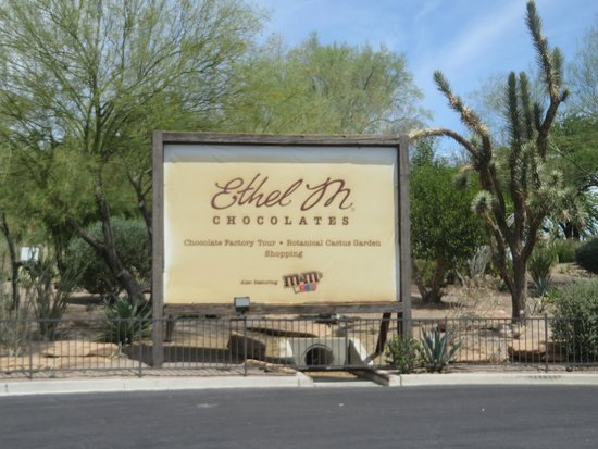 Ethel M Chocolates Factory and Cactus Garden: The sign out front