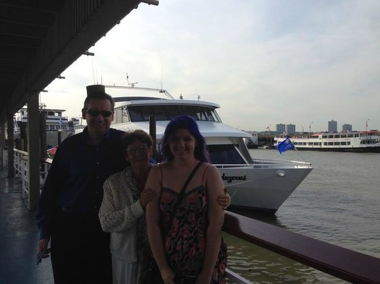 World Yacht : You can see how small the boat was behind us