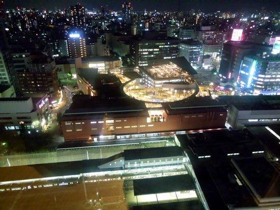 ANA Crowne Plaza Hotel Grand Court Nagoya : 部屋からの眺望は昼夜ともに素晴らしいです