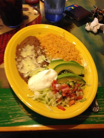 El Maguey: Side dish with fajitas