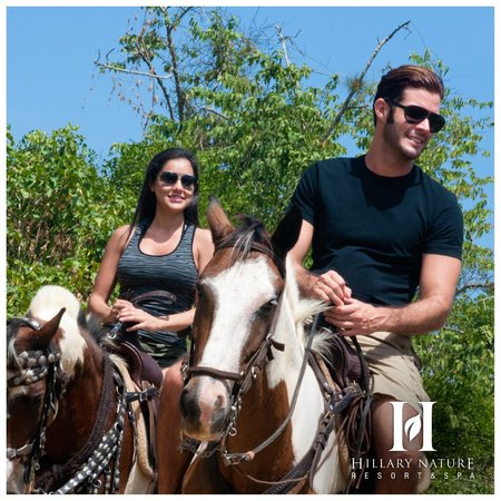 Hillary Nature Resort & Spa: Cabalgatas