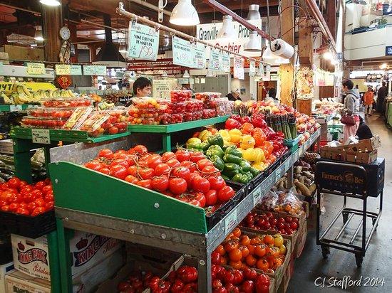 Best Western Plus Chateau Granville : Granville Market