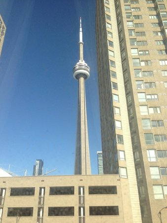 Radisson Admiral Toronto Harbourfront : CN Tower from the room window