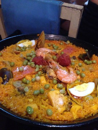 Ole Spanish Tapas Bar & Restaurant : Our Dinner ! Delicious ! Great for 3 of us !