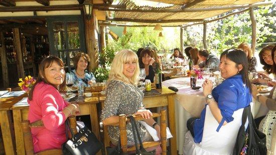 Pie de Cuba: Clientas amigas festejando un cumpleaños!