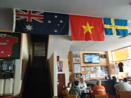 Lucys' Sports Bar and Hotel: It's an Aussie Bar, the RSL of Vung Tau