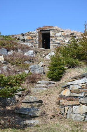 Elliston's Root Cellars