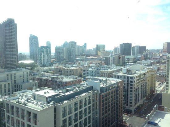 Omni San Diego Hotel: day view