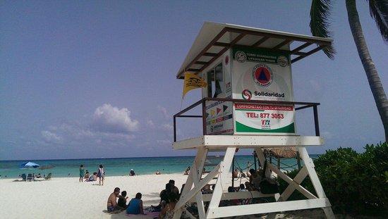 Pueblito Luxury Condohotel: Beach right on front of condo