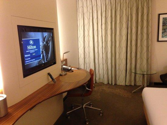 Hilton London Heathrow Airport Terminal 5: room2