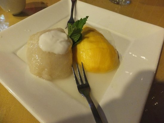 Orchids Authentic Thai Food: Sticky rice and mango dessert