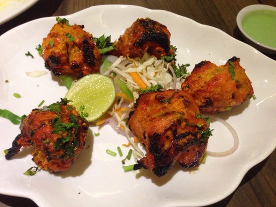 Aromas of India: Chicken Tika - great food