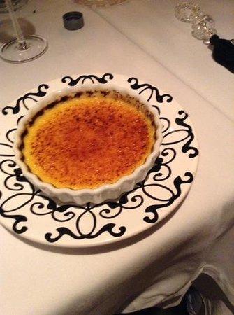 """La Table D""""Or Mediterranee: creme brulee"""