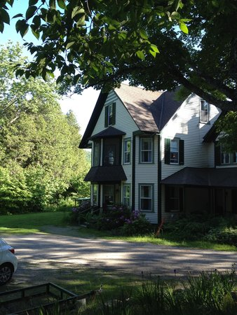 Cedarwood B&B: B&B