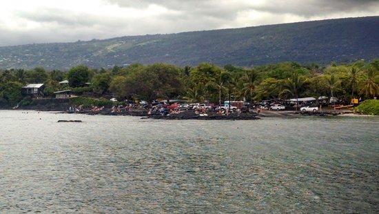 Pu'uhonua O Honaunau National Historical Park : Snorkeling Area Seen From National Historic Area