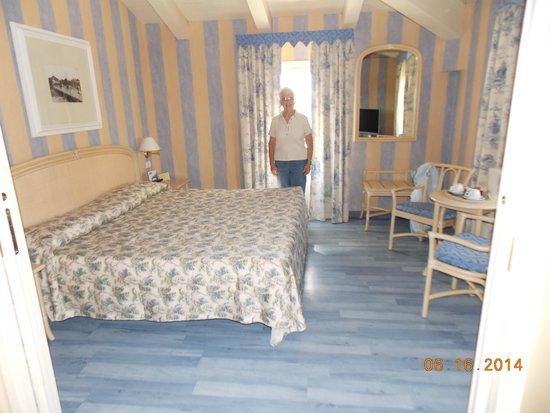Grande Albergo Ausonia & Hungaria: Room 401