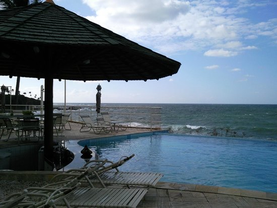 Mercure Salvador Rio Vermelho: Vista da piscina