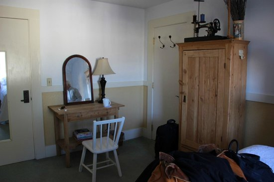 Valley Ford Hotel : room