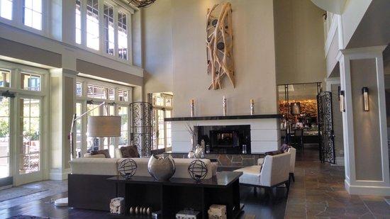 The Lodge at Sonoma Renaissance Resort & Spa: Common Room
